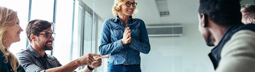 Ein gutes Gehalt ist weniger entscheidend, als gedacht – der richtige motivierende Umgang mit den Mitarbeitern umso wichtiger.
